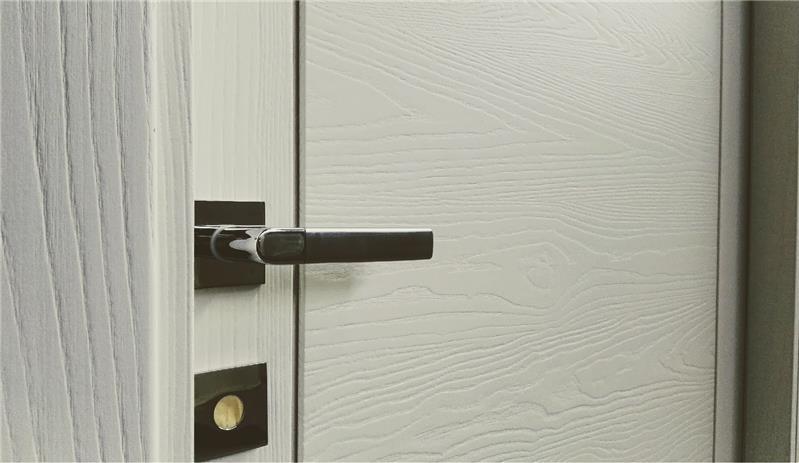 Legno Bianco Frassinato : Porte legno frassino acquistare e ordinare porte per interno e